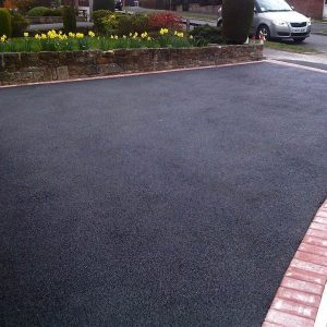 Tarmac driveways contractor in Battle